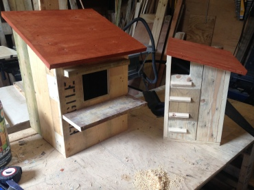 Owl house / Squirrel house